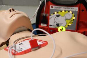 Hjertestarterkursus